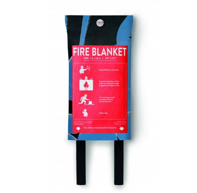 Momin Adventure fire blanket backside 2