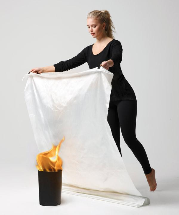 using-fire-blanket-jalo-helsinki